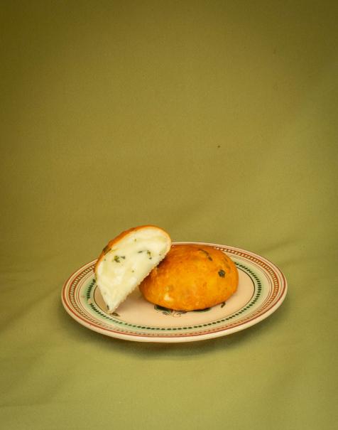 Bio bivaly mozzarella -medvehagymás-fokhagymás, füstölt-